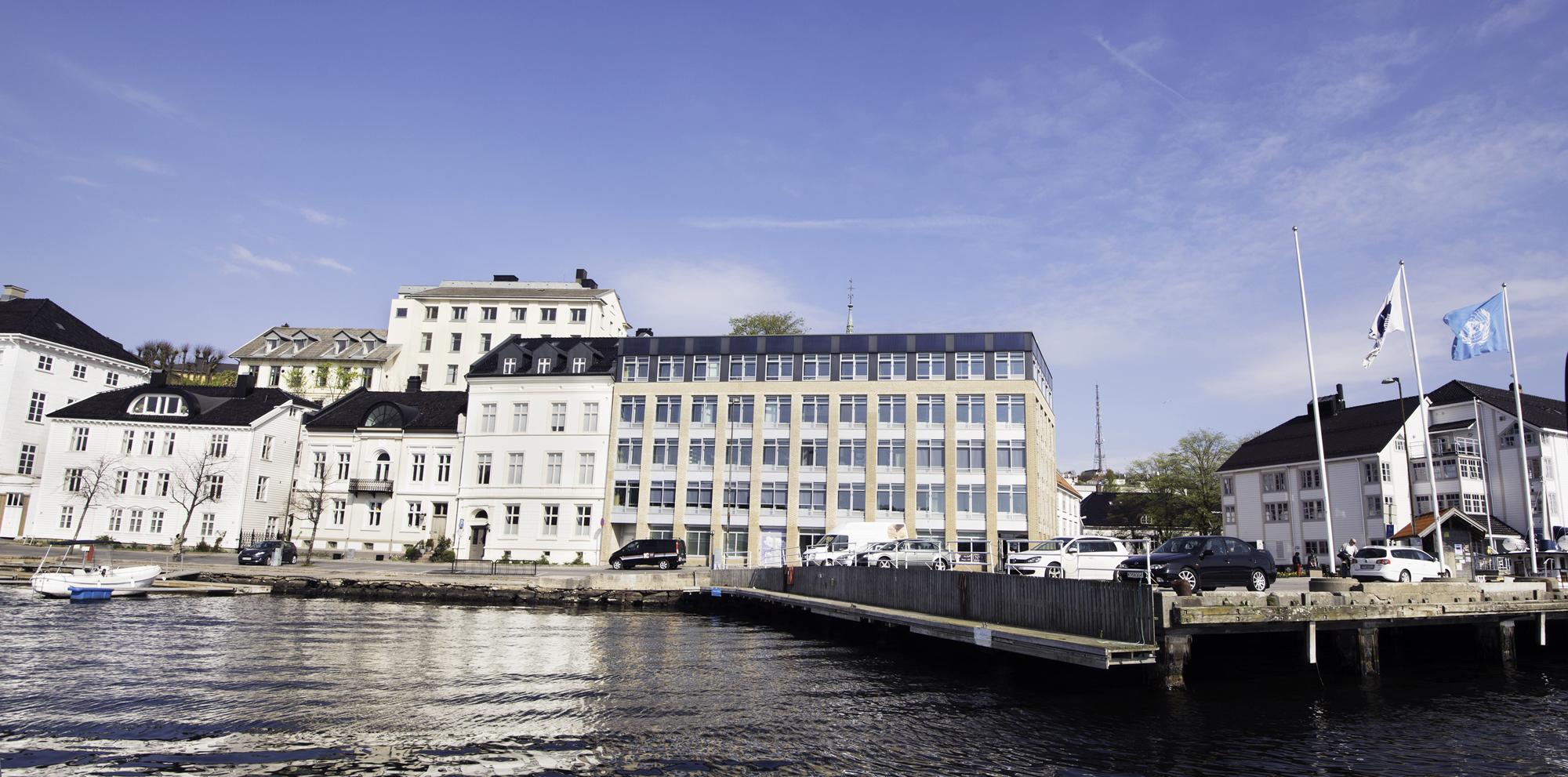 Tyholmen Tannlegesenter, GRID-bygget Arendal. Tannlege, kjeveortoped, rotfylling